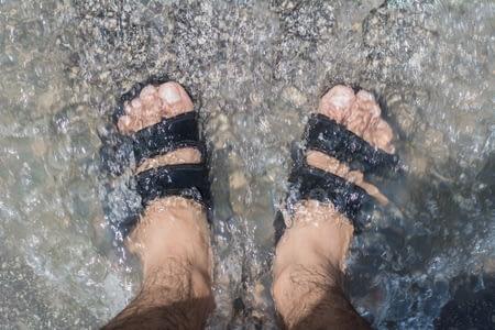 athletes foot - prevent foot fungus